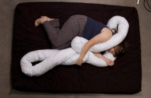 funny-pillow-11